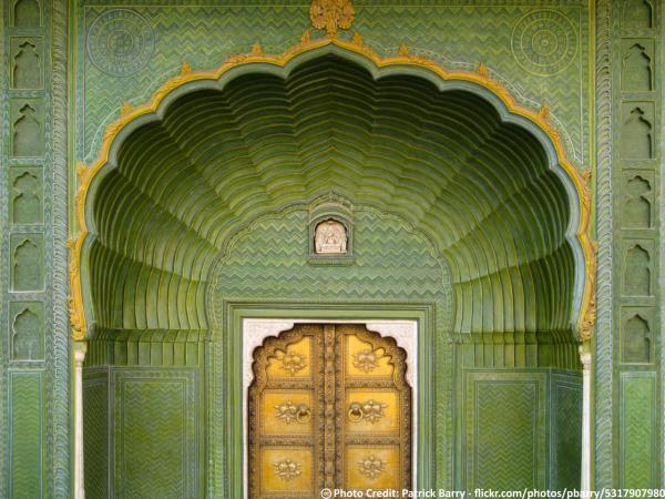 Delhi To Jaipur One Day Sightseeing Tour Packages By Taxi  Jaipur City Palace's Pitam Niwas' another gate is called Leheria (waves) Gate & is dedicated to Lord Ganesha & is in green color indicative of Spring. Sightsee the grandeur of Jaipur city with taxiGUIDE.in One Day City Sightseeing Tour.   Book NOW: Delhi To Jaipur One Day Sightseeing Tour Packages By Taxi http://www.taxiguide.in/TourPackages/Delhi-Jaipur-Tour-Package.aspx