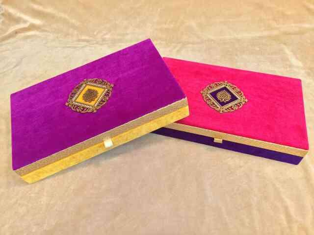 Royal Dry Fruit Box   Available with us is an attractive range to pack Royal Dry Fruit Box for gifting purpose. These boxes only available from us in bulk quantities.   We are leading Manufactures, supplier, wholesalers of Royal Dry Fruit Box in Delhi.
