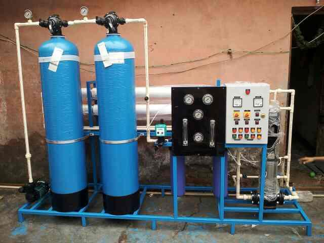 We manufacturer of wide range of Industrial & Commercial RO Plants, starting from 250 LPH to 25000 LPH. - by Watershed (India), New Delhi