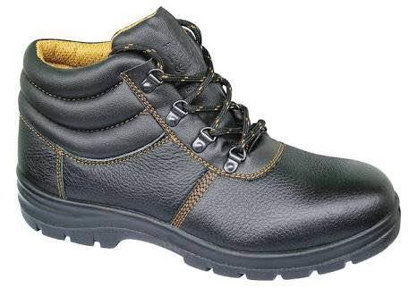 We are dealer of safety shoes in Ahmedabad Gujarat India  - by Kunj Corporation , Ahmedabad