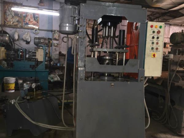 We are manufacturer of spm in rajkot - by Maruti Machine Tools , Rajkot