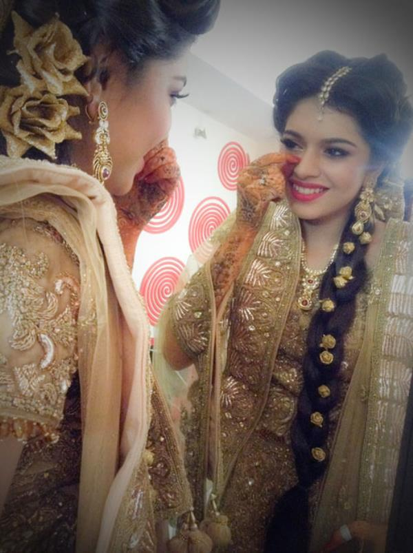 Evening Makeup Evening makeup is good for night outs, friends get together, Evening parties or functions etc where the lights are dim. Evening makeup used to be deep and sophisticated for a radiant, glamorous effect. Mostly bold colours are - by Cini Makeup-chennai, Chennai