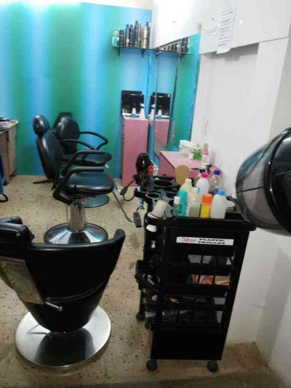 Beat beauty salon in porvorim for just woman - by Carol Beauty Salon, Pilerne