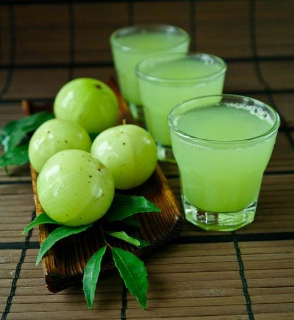 Organic Vegetable Juices in Chennai  Flu Season has started and try to increase your immunity by consuming our Fresh Herbal Juices delivered to your home along with Organic Vegetables and Organic Fruits.  Amla-Currry Leaves Juice 250 ml   The Juice is Extracted from organic amla and chemcial free Curry leaves.Hence it is 100 % Pure and delivers the actual benefits without any side effects in the body.  How it is made?  The Juice is prepared only after you place the order and 1 hour before delivery from fresh organic amla and curry leaves .Hence it can be stored in refrigerator for a day and consumed.  Direction for use:  It can be consumed at any part of the day .Consuming thrice a week will get Best results and actual benefits.  Health Benefits Of Amla -Curry Leaves Juice:  1. Relieves Asthma And Bronchitis:  2. Burns Fat  3. Relieves Constipation And Piles:  4. Treatment of Gastric Disorders:  5. Blood Purifier  6. Eye Health  7. Beneficial For Heart  8. Controls Diabetes  9. Cooling Agent  10. Soothes Inflammation  11. Oral Health  12. Treatment of Insomnia  13. Prevents Cancer  14. Lightens Complexion  15. Anti-ageing Benefits  16. Tones and Tightens Skin  17. Strengthens Hair