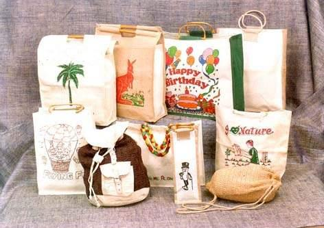 JUTE BAG MANUFACTURERS IN CHENNAI,  We are the Manufacturers of Jute Bags in Chennai. We Manufacturing all kinds of jute bags in chennai. - by Chinna Fancy Bags, Chennai