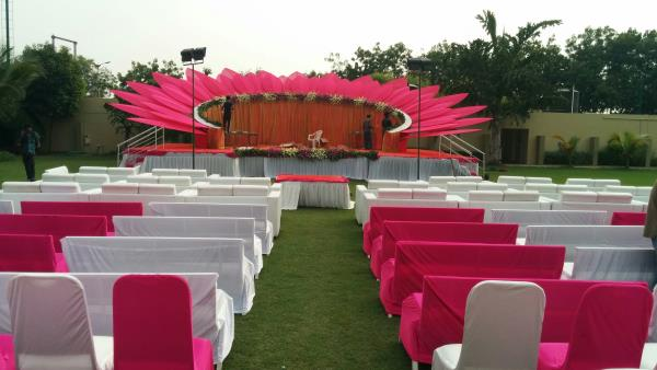 Reception stage decor at gunjan party plot decoration by ganesh reception stage decor at gunjan party plot decoration by ganesh decorators in ahmedabad junglespirit Choice Image