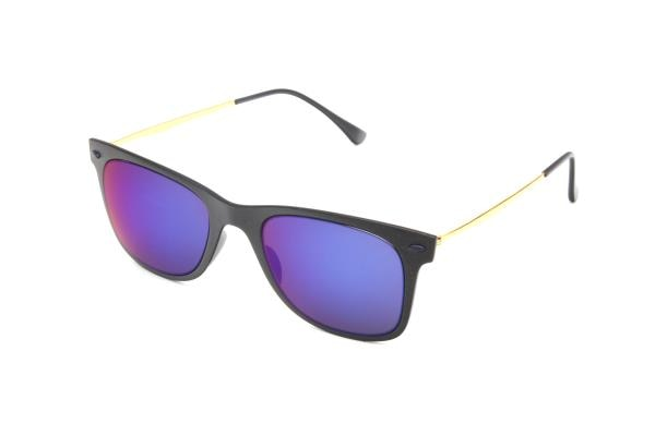 Our range of products include Native Sunglasses in Delhi such as Navy Sunglasses in Delhi, Summer Sunglasses in Delhi and Winter Sunglasses in Delhi.