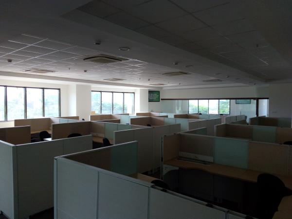 12, 911 sqft 140 seates IT office space available for rent in Hinjewadi   Fully air conditioned  5 cabins  center head cabin  Attached ladies & gents toilet blocks  Ample 4  & 2 wheeler parking