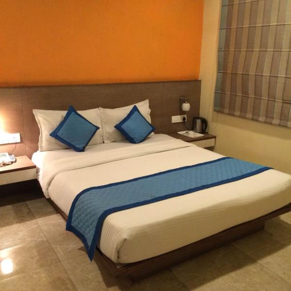 Best Deluxe rooms in Jaipur.Hotel Marc Inn Vaishali Nagar Jaipur.