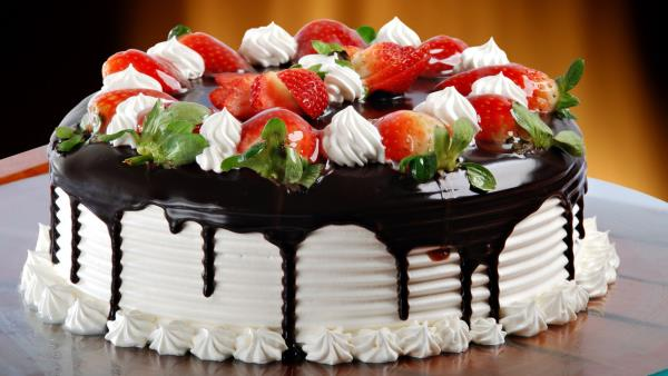Cream Cakes Are The Best Professional Cake Shop In Madurai