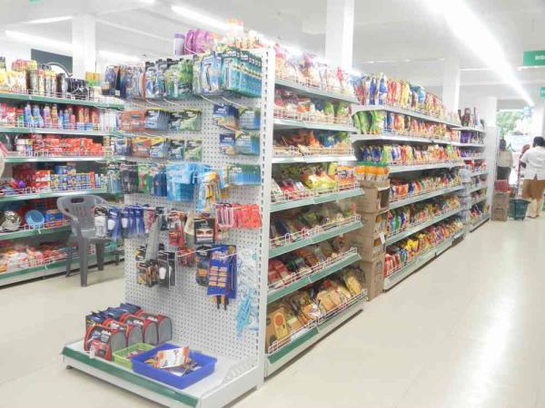 Supermarket racks in Chennai. Racks for supermarket and showroom in Chennai. For Supermarket racks supplier in Chennai.  Contact Donracks and get best rates.