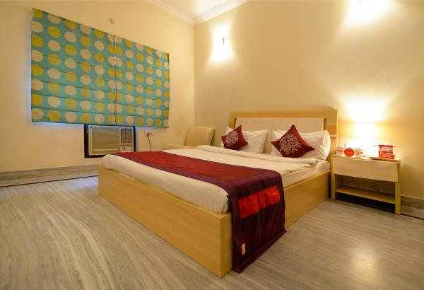 GARDENIA is the best quality service apartment in Banjara Hills that is geared to cater to the discerning guest. Situated in a quiet residential neighbourhood, its facilities, services and central location is ideally suited for the one visiting our city on business, or for pleasure.   Best budget hotels at reasonable prices! With best comfort, amenities and services. Gardenia Service apartments, located near LV Prasad eye Hospital and Indo American Cancer Institute, Banjara Hills, Hyderabad, convenient, and comfortable accommodations. Online Bookings available 24hrs. Book now for daily deals and discounts.   Functionality of a hotel and comfort of home, Gardenia Service apartments you the best deal in the twin cities! Visit our website   Click Here  or call us @ +91-99-859-69-666. Call now and avail 10% to 20% discount till 31 Aug 2016 on Rooms with complimentary Breakfast and WifiGARDENIA is the best quality service apartment in Banjara Hills that is geared to cater to the discerning guest. Situated in a quiet residential neighbourhood, its facilities, services and central location is ideally suited for the one visiting our city on business, or for pleasure.   Best budget hotels at reasonable prices! With best comfort, amenities and services. Gardenia Service apartments, located near LV Prasad eye Hospital and Indo American Cancer Institute, Banjara Hills, Hyderabad, convenient, and comfortable accommodations. Online Bookings available 24hrs. Book now for daily deals and discounts.   Functionality of a hotel and comfort of home, Gardenia Service apartments you the best deal in the twin cities! Visit our website   Click Here  or call us @ +91-99-859-69-666. Call now and avail 10% to 20% discount till 30 Sep 2016 on Rooms with complimentary Breakfast and Wifi