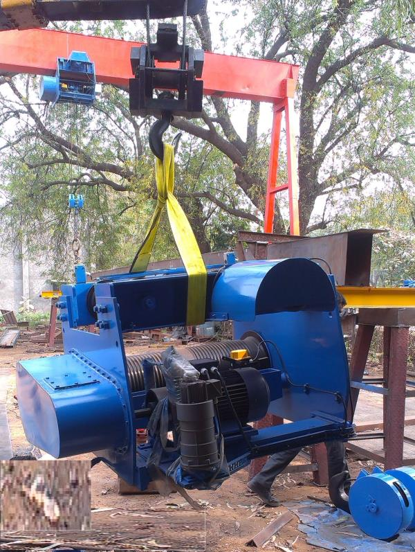 Electric Wire Rope Hoist   Shiva Projects are a leading manufacturer of Electric Wire Rope Hoist In Anand, Gujarat.   Shiva Projects are a leading supplier of Electric Wire Rope Hoist in Surat, Vapi.