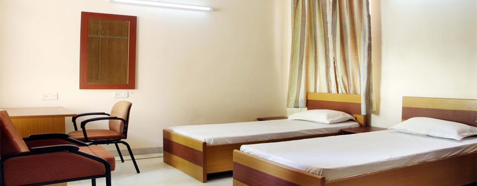 BEST UPSC STUDENT HOSTEL IN ANNA NAGAR provides a respectable living accommodation to working women. UPSC STUDENT HOSTEL IN ANNA NAGAR  Equipped with all facilities, the hostel gives a feel at home experience.