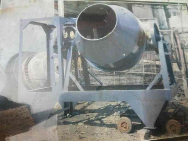 We are manufacturer of concrete mixer in indore.
