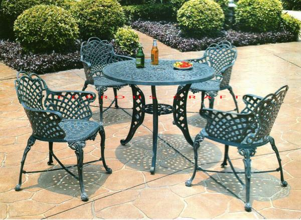 Cast Iron Garden Furniture   We are manufacturers of cast iron garden furniture sets, benches, lamp posts, spiral staircases, gazebos, street signage's, street bollards. We also manufacture high quality luxury garden umbrellas meant for the - by Ferrous Craft, New Delhi