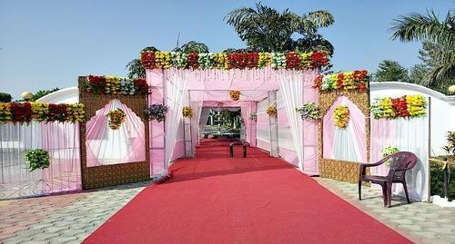 Chhattarpur Greens @ 9811172700 We Offering farm house for marriage function, conferences, birthday parties and sagai ceremony. Cocktail Party Venues In Delhi. farmhouses in South Delhi.Venue for small private parties in south delhi , Venue for 50th wedding anniversary in delhi , Venue for corporate parties in south delhi , Venue for corporate events in south delhi , venue for shootings in delhi , venue for meetings and workshops in delhi.