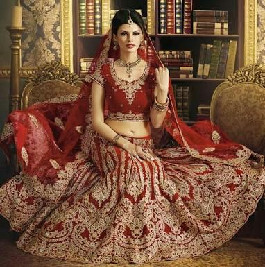 lehenga in chhatarpur new Delhi   we are reputed manufacturer of ladies wear based in Delhi..we can supply our products accross India in very reasonable price..for more details kindly contact 9555617891