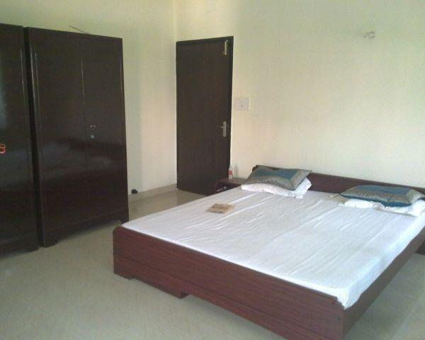 J B Associates & PG Room @  8800760002. We have a one of the best pg service with beautiful rooms in gurgaon location. #Boys PG in IMT Manesar Gurgaon #PG For Boys In Sec-1, IMT Manesar Gurgaon #PG In Manesar Gurgaon #PG For Boys & Girls In - by J B Associates & PG Room, Gurgaon