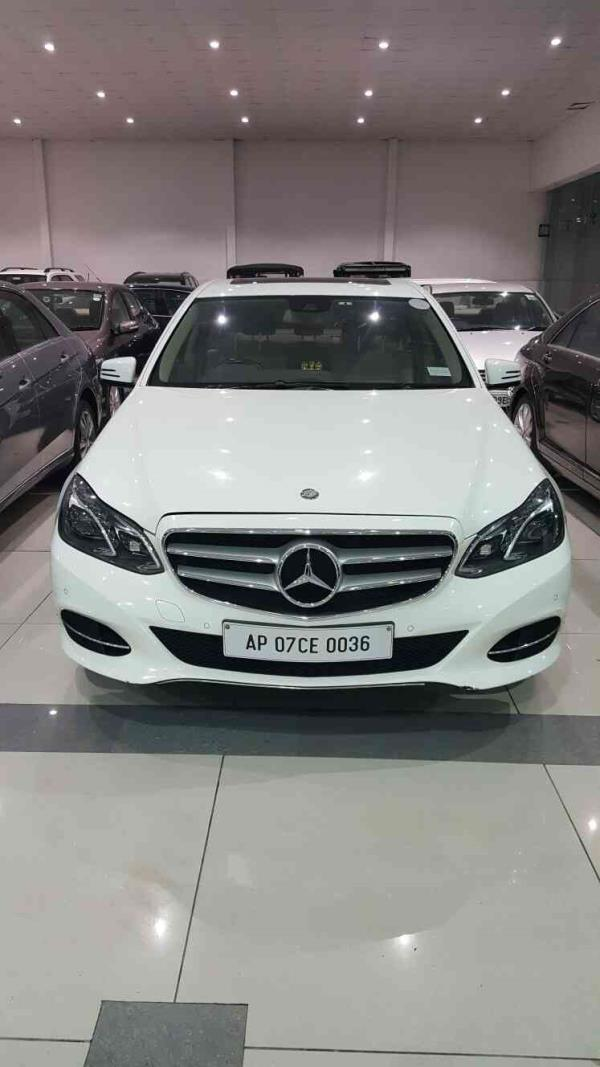 wedding car on rent latest mercites benz E250 at famous travels and wedding cars