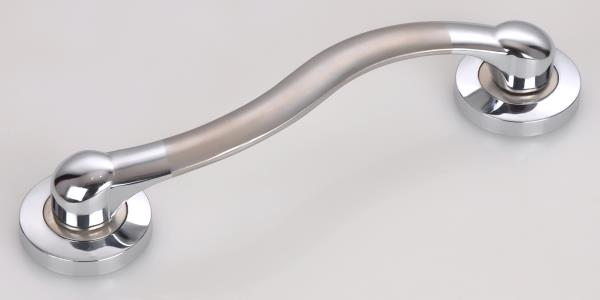 Zinc Metal Door Handles Manufacturers   By keeping track with the latest market developments, Shree Khodiyar Industries is offering a pristine quality assortment of Metal Door Handle. Our highly experienced professionals manufacture this assortment at our well-equipped manufacturing unit, using prime grade material and advanced technology as per set industry norms. This assortment is widely available in various sizes, designs and dimensions and available at the most competitive prices.    => Model no.LK-1003 => Our brand name is