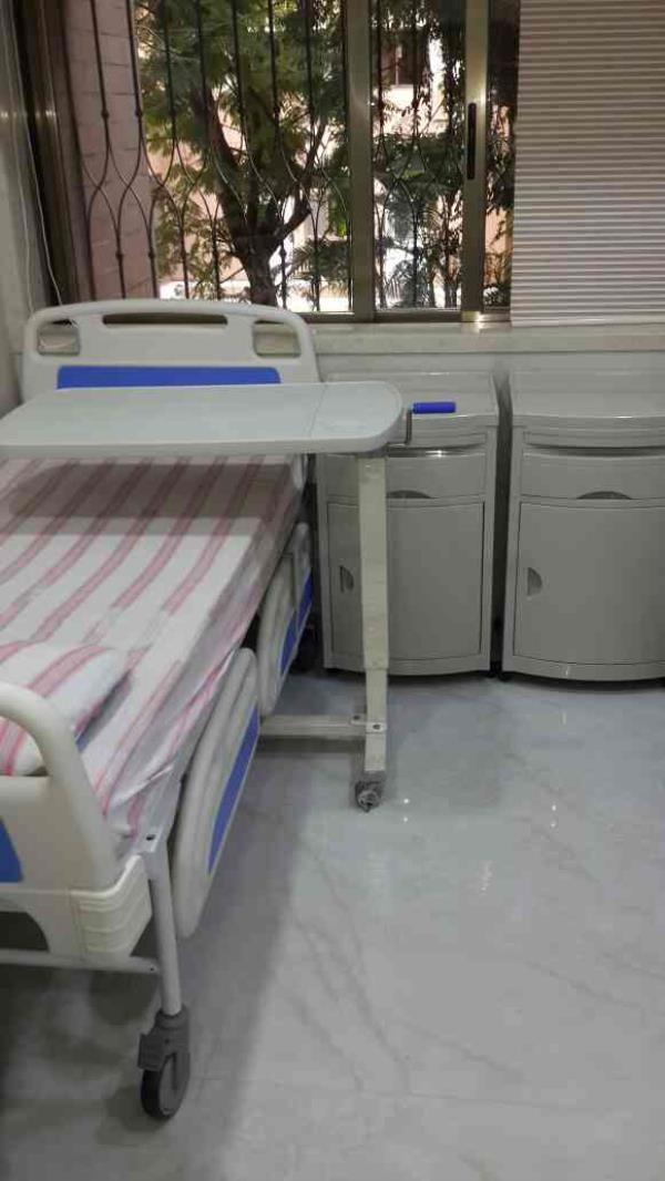 Best Hospital Furniture Manufacturers  in Malad Mumbai