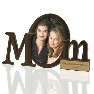 Photo Frames in Porur  We provide photo frames for your lovable ones life long memories.