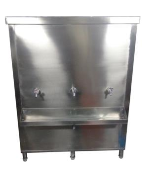 INDUSTRIAL WATER COOLER  The Bulk Water Dispenser is very sturdy equipment for industrial use. The overall size & capacity is custom made and can range between 600 Liters to 3000 Liters. The Catering Equipment is completely insulated using PUF on all the sides and the top service door.The number of Faucets can be customized as per requirement. The drain tray is provided with formed guides to ensure that the water in the tray does not get accumulated in a particular section. The compressors are heavy duty and are branded with instant replacement warranty.  	Typical installation would be in industries, schools, public places, colleges and hospitalsetc where there is a lot of human traffic. The under framing of the equipment provides strength and stability to the equipment. The average range of the analog temperature controller provided for the cooler is around 8-10 Degree Celsius. The water tank is welded to avoid any water leakage. All the necessary fittings in the Water Dispenser are of sound quality and of standard sizes. The water chiller can also be provided as table top model.