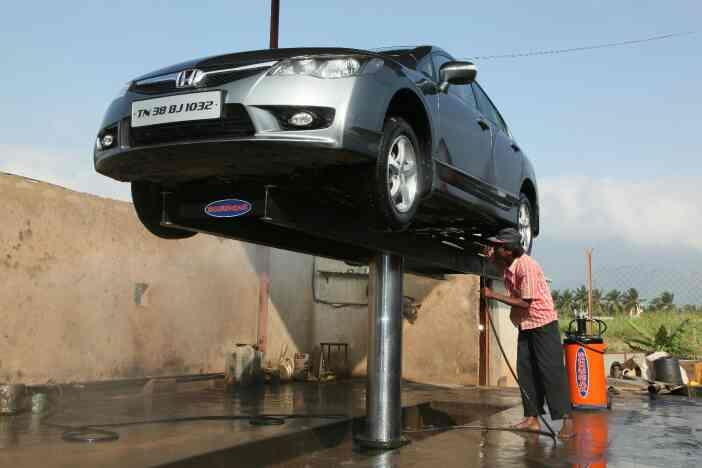 Schumak is the  Manufacturer of  Car Washing Lifts in India. Schumak Washing Lifts are CE Approved. Schumak Washing Lifts are widely used in the Maruti , Mahindra , Toyota , Hyundai and other Car Washing Stations. Schumak manufactures the following Capacity Lifts. 01  1 Tons 02  2 Tons 03  4 Tons 04  8 Tons   and 05  16 Tons