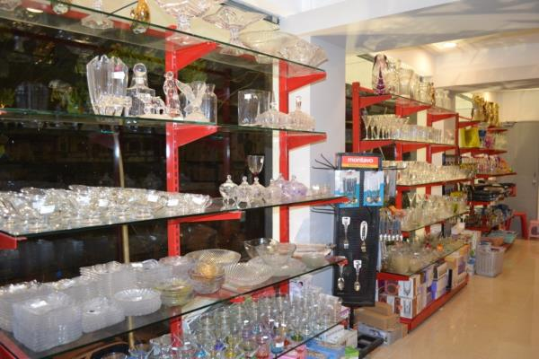 Supermarket Racks Manufacturer in Bangalore.  Don racks is known as leading manufacturing company engaged in manufacturing & installing of all types of Display Racks and Shelves like Super Market Racks, Gondola Racks, End Rack, Wall Rack, C - by Supermarket Racks In Bangalore, Bangalore