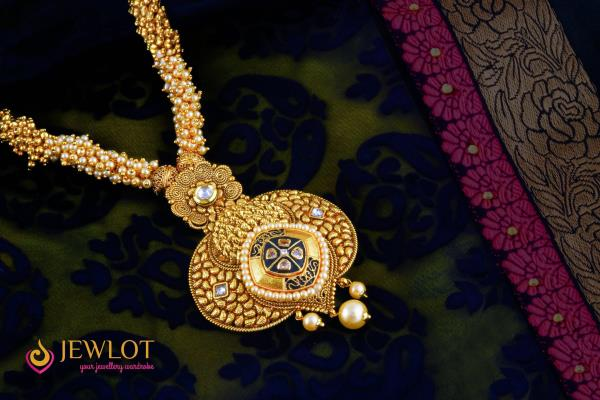 Glitter like a golden beauty for this Diwali occasion. Snatch it here >>>http://bit.ly/2dL1dfw For more : http://bit.ly/2bEtuy5 #Necklace #Jewlot #FreeShipping #EasyReturns #AvailCOD  - by Jewlot.com, Chennai