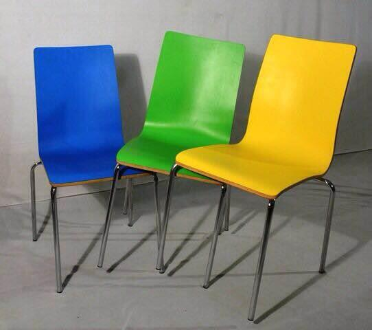 Cafeteria chair, laminate shell made up of moulded ply and laminate upon that with good quality paper laminate
