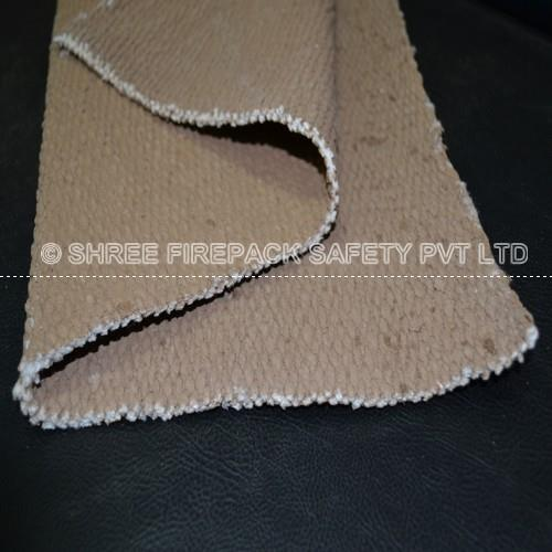 Vermiculite coated ceramic cloth Vermiculite Coated. Cloth, Tape, Tape with PSA. Details. For Service temperatures to 1000.