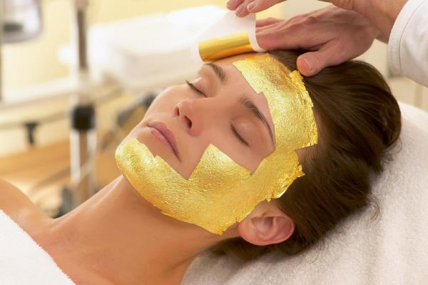 Gold Therapy Facial  at HAIR SPEAK FAMILY SALON @BTM LAYOUT , HSR LAYOUR, JAYANAGAR, JP NAGAR