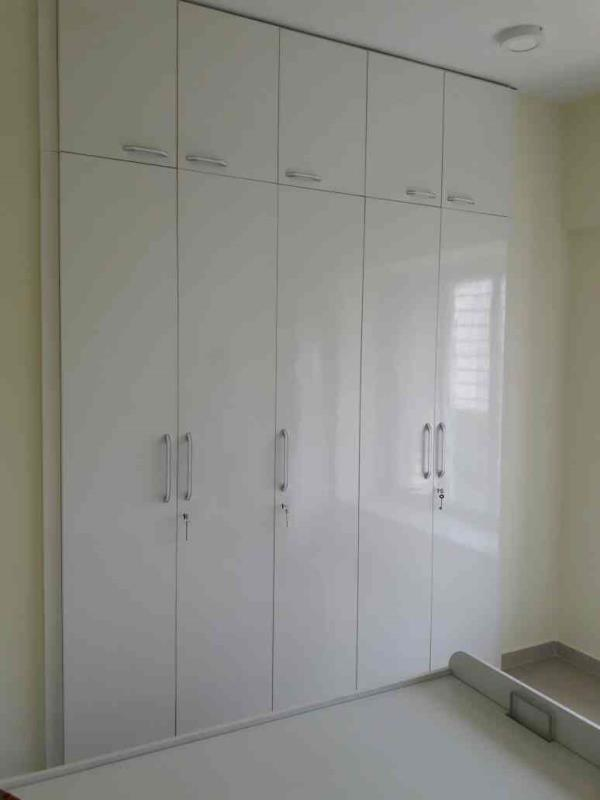Hinge Open Door Custom Made Wardrobe With Loft Covering From Xena Design. 100 % Customised Furniture From Xena Design Thane - by Xena Design, Thane