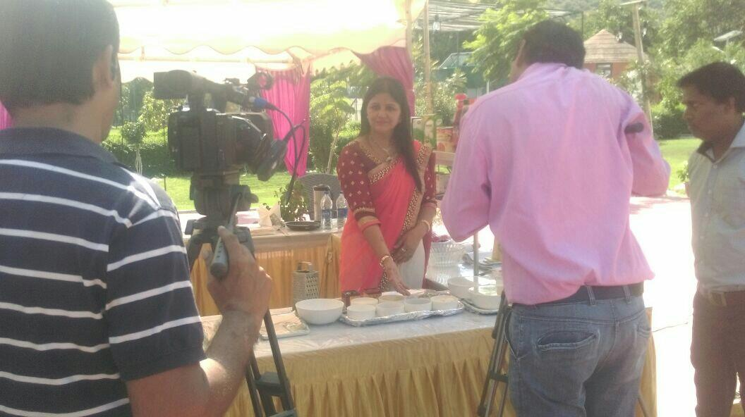 """NEW LOOK HOBBY CLASSES  """" My Shooting picture of Diwali special in 'City Channel'. """"  - REKHA JAIN - by New Look Hobby Classes, Chennai"""