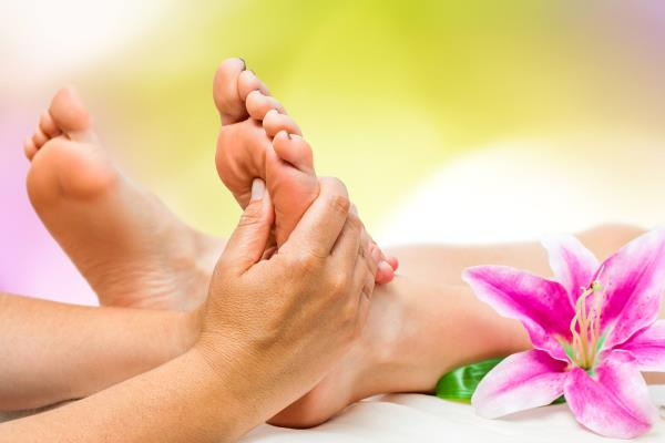 Foot Reflexology is the technique of applying gentle pressure to reflex areas on the feet to bring about a state of deep Relaxation. - by Foot Haven India Pvt Ltd Contact Us: 9952010101, Chennai