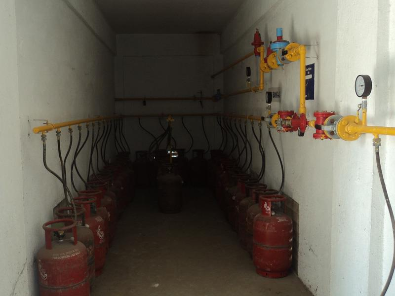 LPG installation: The purpose of LPG installation: is to provide uninterrupted supply of LPG to the customers through meters. This amounts to a great convenience to the customer. LPG installation: All the LPG cylinders are located in the cy - by Dolphin Gas Systems Pvt Ltd, Bangalore