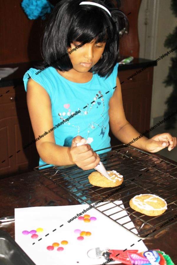 Baking classes for kids in JP Nagar - South Bangalore !! come learn how to make cookies and cupcakes and surprise your parents on their special occasions at PLAYTOPIA !