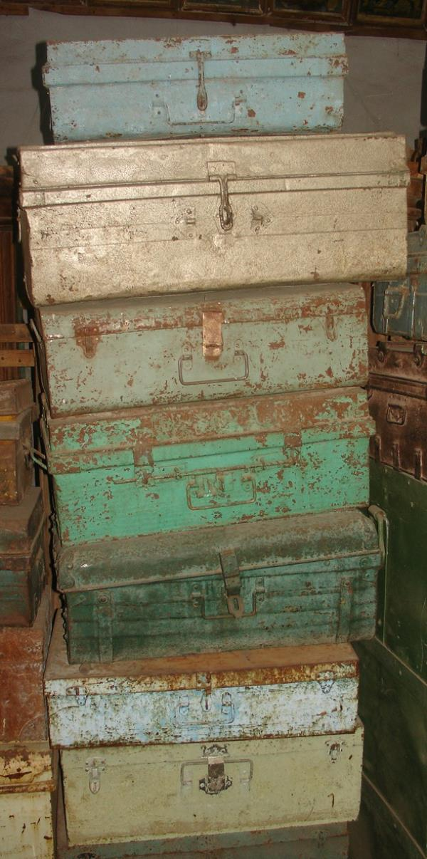 Antique Iron trunks and boxes - by Jain Exports, Ahmedabad