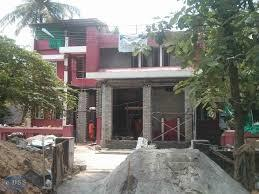 House below the road, water entering the house, house tilted, house to be shifted, cheapest house lifting in kerala, lifting using jacks, house lifting in trivandrum, house lifting in kochi
