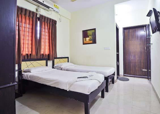 Searching for PG for men in naveen shahdara? Visit Jain PG as its a single stop solution for rendering paying guest accommodation services The paying guest accommodation offers good food and other amenities, so that our clients can enjoy a  - by Jain PG @ paying guests for men in naveen-shahdara @ 9650343343, North East Delhi