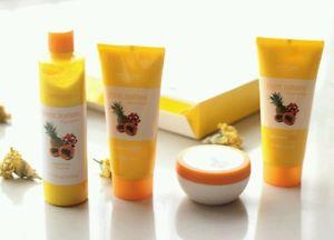Oriflame Pure Nature Tropical Fruit Facial Kit  Wonder Megamart is presenting you a cost effective combo of Oriflame products. A pack that includes: 1.Oriflame fruit facial kit 2.Oriflame soap bar (2pcs) Oriflame Pure Nature Tropical Frui - by Wonder Mega Mart, new delhi