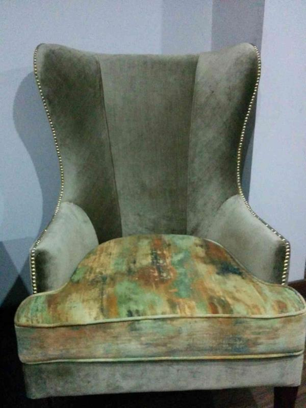 wing chair manufacturer in Naraina