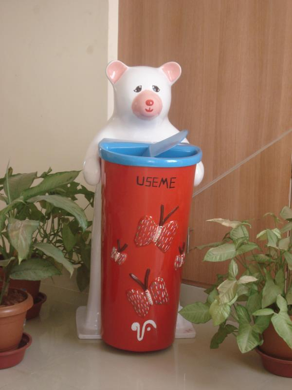 FRP Animal shaped Dustbin manufacturers in Bangalore Swachh Bharat - Let us do our bit to keep our country clean Animal shaped dustbins from Vinyaas