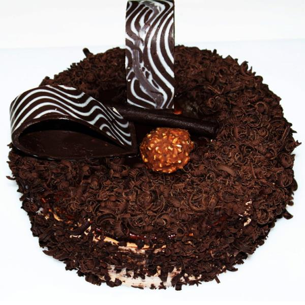 Ramesh Cakes And Sweet is a well-known name in Mumbai specializing Cake shop in mumbai due to its personal and professional touch. Whatever be the occasion or even just a simple celebration, they have cakes suited just for every occasion.  - by Ramesh cakes and sweet@ 7038818181 @ Cake  Shop In Mumbai, Thane