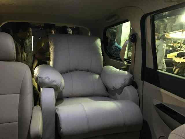 fully automatic functional recliner installed in chevrolet enjoy..can be installed in most of the cars...