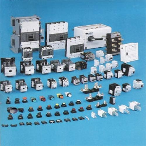 Siemens Switchgear & MCB Supplier  Consistent innovation, coupled with an alert understanding of customer's needs & demands, makes us the most renowned trader, retailer, wholesaler and supplier of Siemens Switchgear that is used in electrical industries & easily installed in homes. Highly durable, fine finish and easy installation are the features that make this switch gear outstanding. Our vendors' experts use supreme quality raw material and ultra-modern technology in the designing process of this switchgear.