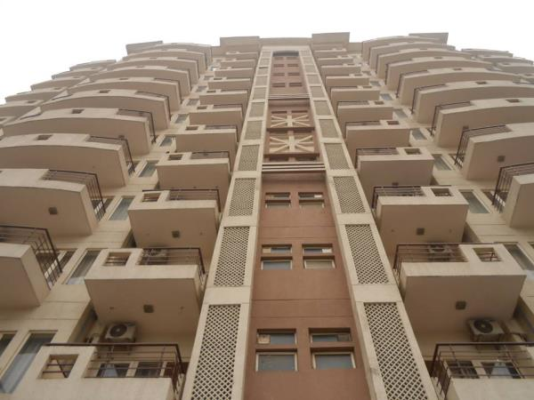Hygienic Service Apartments near Medanta Hospital Gurgaon  Looking for Clean, Healthy and Hygienic Service Apartments near Medanta? Contact us now to get a Room here at Mediview Residency. Medical Facilities also available 24x7. - by Mediview Residency Call, Gurgaon