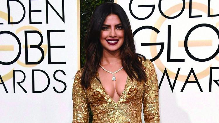 Catch the latest scoop on the red carpet hits and misses for the 74th Golden Globes!  http://www.soulbyweekly.com/golden-globes-red-carpet-fashion-2017/  #PriyankaChopra #GoldenGlobes #74thgoldenglobes #goldenglobes2017 #goldenglobesredcarp - by soulbyweekly.com, Hyderabad